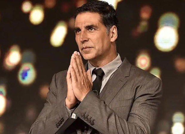Wow! Akshay Kumar does this yet another charity work where he donated Rs. 1 lakh to approximately 100 brides