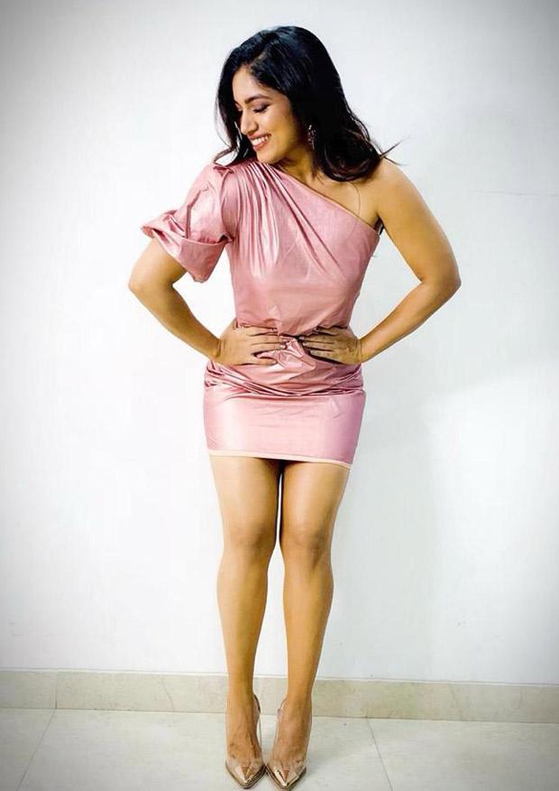 Bhumi Pednekar rocks the rose gold metallic outfit for Saand Ki Aankh wrap party!