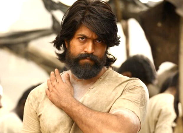 Woah! KGF star Yash has a DOPPLEGANGER and the internet can't keep calm about it! [See photo]
