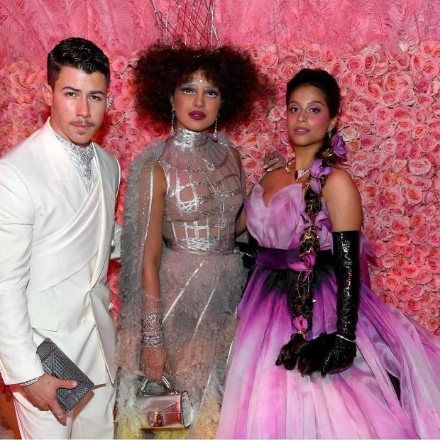 MET Gala 2019: Priyanka Chopra finally meets supermodel Gigi Hadid and internet is freaking out