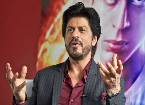 This old video of Shah Rukh Khan speaking about India is heart-touching and relevant even today!