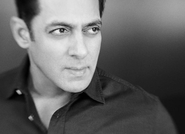 This picture is proof of how Salman Khan is always the BIGG BOSS