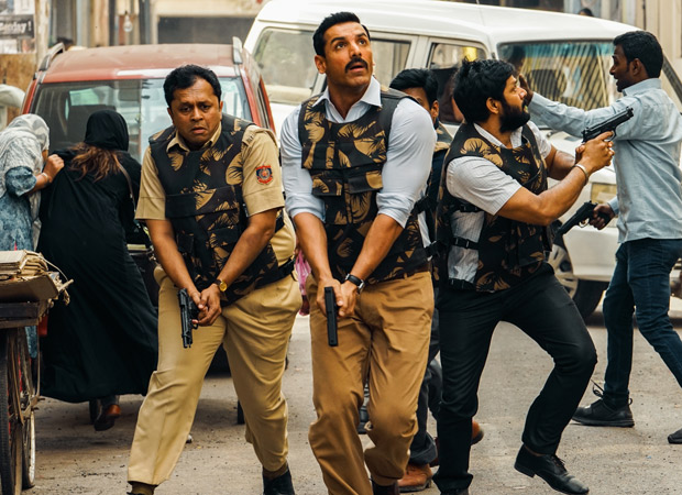 REVEALED: Nikkhil Advani shoots in guerrilla style in Lucknow for Batla House