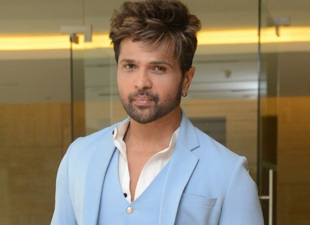 Himesh Reshammiya RUBBISHES reports about being in a car accident