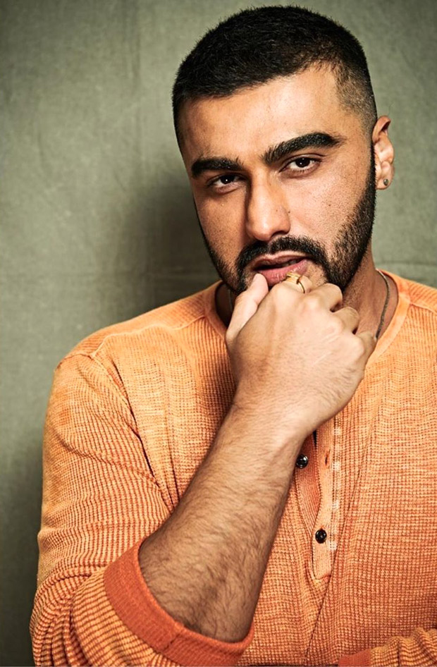 PHOTOS & VIDEOS: After shaving his head for Panipat, Arjun Kapoor finally takes off his cap after nine months