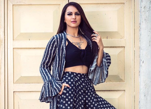 Sonakshi Sinha shows how comfy is the new classy during Khandaani Shafakhana promotions