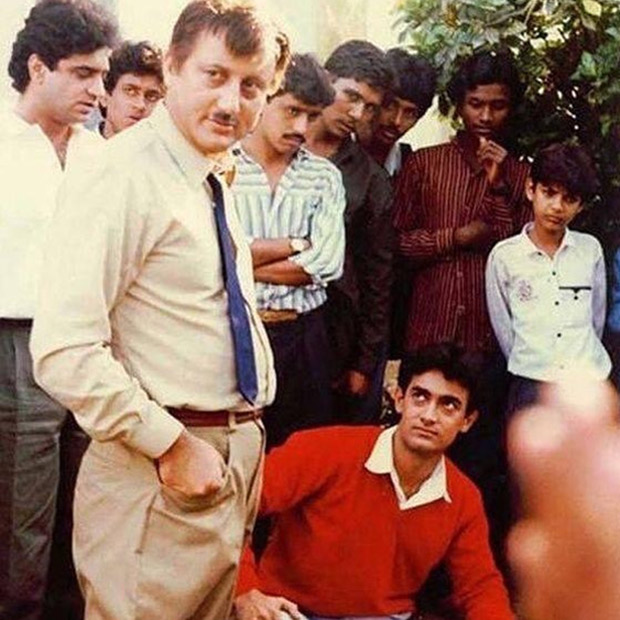THROWBACK: This photo of Aamir Khan and Anupam Kher from Dil will make you nostalgic
