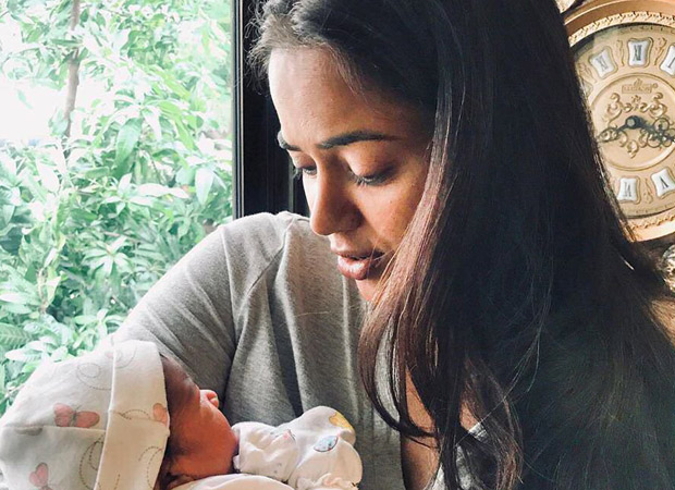 Sameera Reddy shares the heartiest post about her second born, her little baby girl