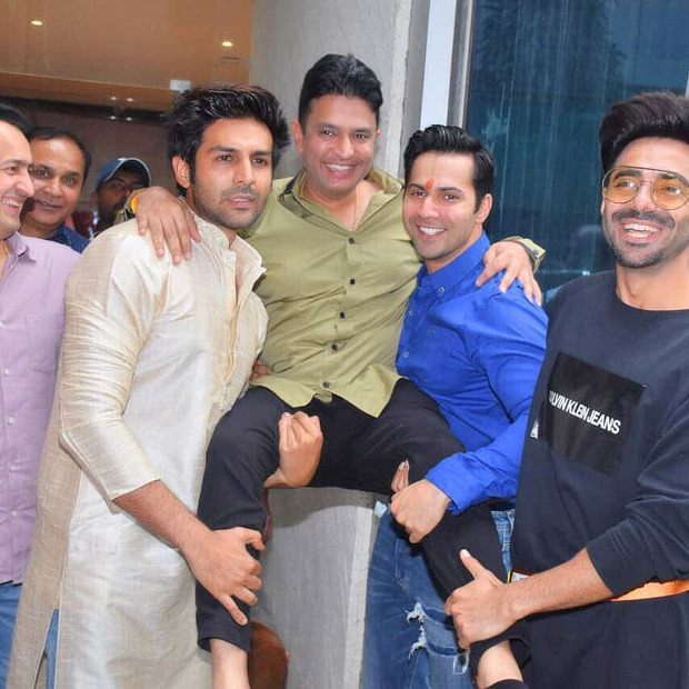 Varun Dhawan, Kartik Aaryan, Aparshakti Khurrana enjoy the Ganesh Chaturthi celebrations with Bhushan Kumar