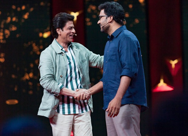 Shah Rukh Khan does his bit to reduce plastic pollution on Ted Talks India Nayi Baat