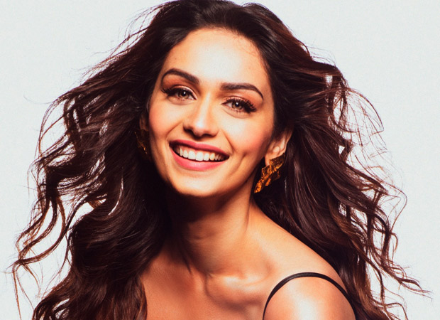 Manushi Chhillar gives her first shot for Prithviraj on same day she won Miss World two years back