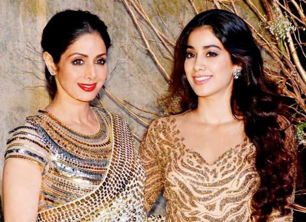 """""""My childhood smells like my mom"""" - says Janhvi Kapoor"""