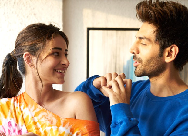 Ananya Panday and Kartik Aaryan's latest picture will leave you love-struck!