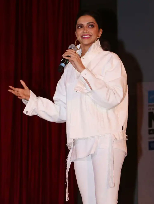 """Chhapaak: """"This is the first time I am playing the role of a real-life character"""" - shares Deepika Padukone at IIT Powai"""