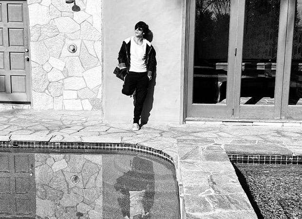 Shah Rukh Khan soaks in the sun as he chills in California, see photos