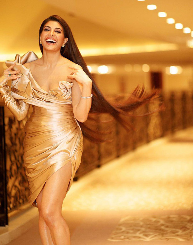 Jacqueline Fernandez turns heads in a Golden number as she attends the Global Gift Gala in Dubai