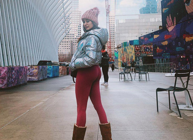 Janhvi Kapoor chills like a boss in New York, see photo