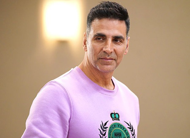 Watch: Akshay Kumar urges everyone to practice social distancing; says winner will be the one who stays put