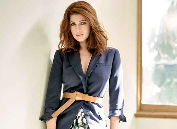 Twinkle Khanna shares a moment of leisure with daughter Nitara and it is pure love