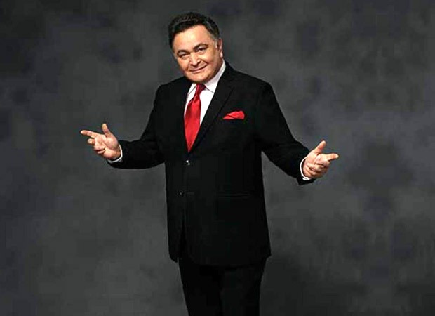 When a Russian fan spotted Rishi Kapoor in New York and played Main Shayar Toh Nahi from Bobby