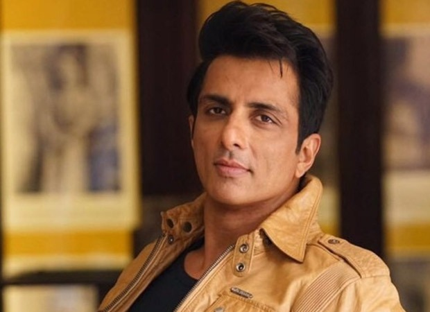 """""""It went well,"""" Sonu Sood on his meeting with Maharashtra CM"""