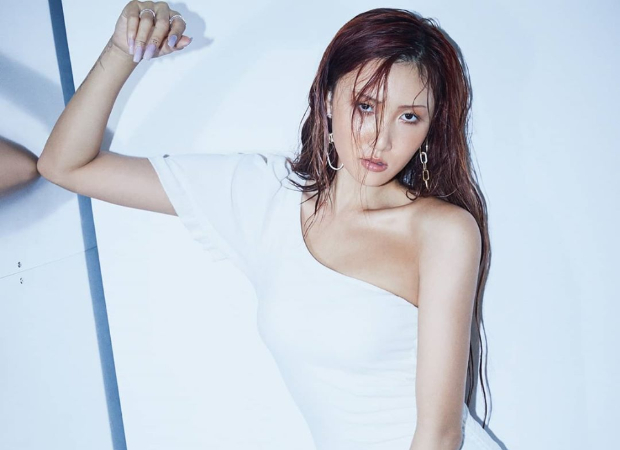 MAMAMOO's Hwasa looks breathtaking on the cover of Cosmopolitan