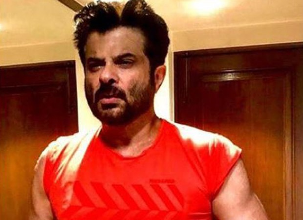 Anil Kapoor flaunts his muscles; Suniel Shetty comments 'young face and mature muscles'