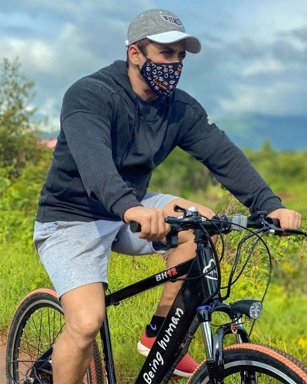 Salman Khan goes cycling wearing a mask, reminds everyone to stay safe
