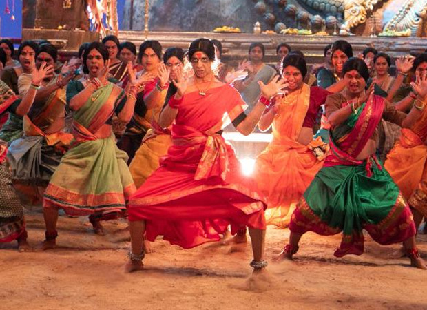 Did You Know? The song Bam Bholle from Laxmii has Akshay Kumar dancing with 100 transgenders