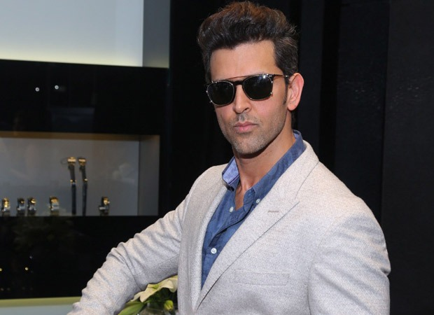 Breaking Scoop Hrithik Roshan locks his SILVER JUBILEE film; back on board the Vikram Vedha remake
