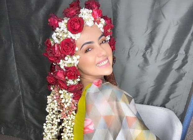 Sana Khan looks ethereal donning a floral braid post her nikah with Mufti Anas