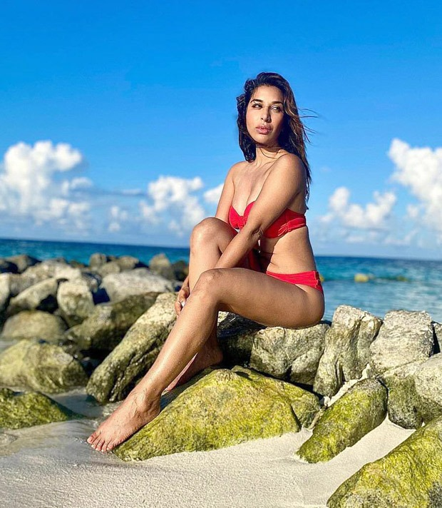 Sophie Choudryis all about hotness in red bikini during Maldives vacation