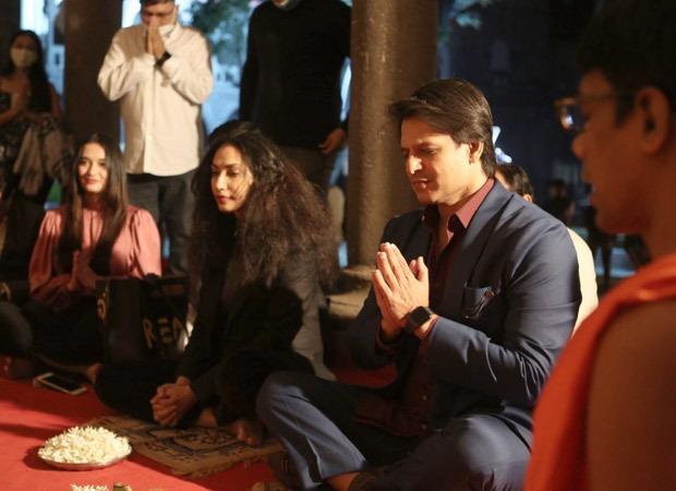 Vivek Oberoi's Rosie The Saffron Chapter goes on floors in Pune; debutante Palak Tiwari gives the mahurat shot