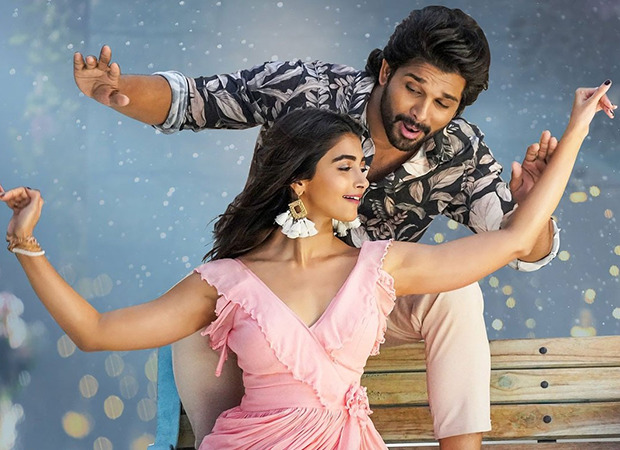 'Butta Bomma' and 'Ramuloo Ramulaa' are the only two South Indian songs in YouTube India ' top 10 music video; Pooja Hege and Allu Arjun react