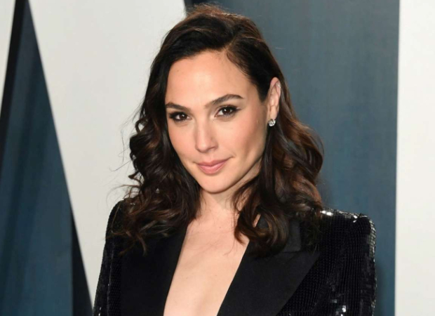 Gal Gadot to star in and co-produce sci-fi movie based onMeet Me in Another Life novel