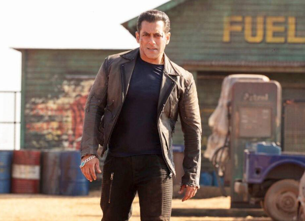 """Salman Khan warns those pirating Radhe - Your Most Wanted Bhai: """"You will get into a lot of trouble with the cyber cell"""""""