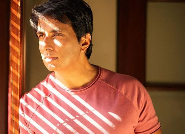 Sonu Sood helps airlift a COVID patient from Jhansi to Hyderabad for better medical treatment