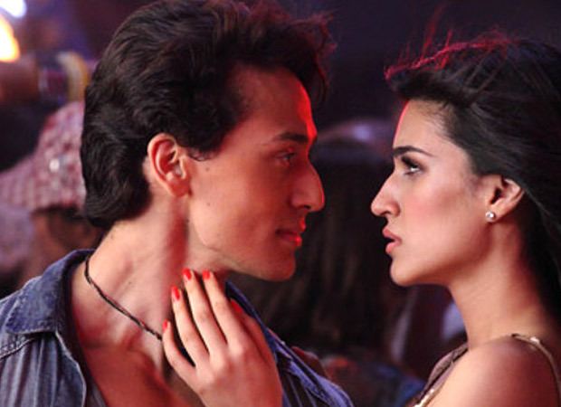 """7 Years of Heropanti: """"It was quite difficult for me to kiss Kriti when 2000 people were on set watching me""""- Tiger Shroff"""