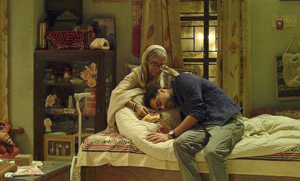 "Ayushmann Khurrana pays homage to Badhaai Ho co-star Surekha Sikri – ""An impeccable performer, a consummate artiste, a legend"""