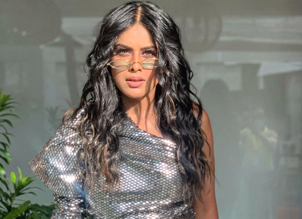 Nia Sharma channels her inner dancer and slays in the 'Touch It by KiDi' Instagram reel