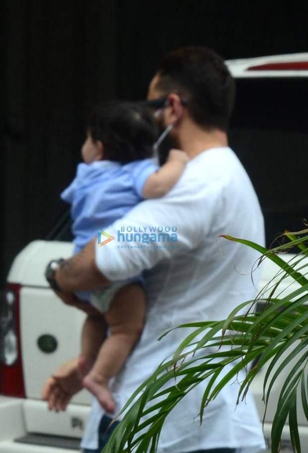 Kareena Kapoor Khan and Saif Ali Khan step out with their newborn baby boy Jeh Ali Khan