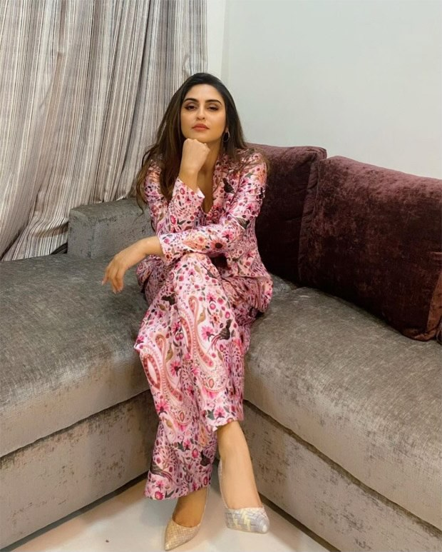 Krystle D'Souza is a boss babe in pink pantsuit for Chehre promotions
