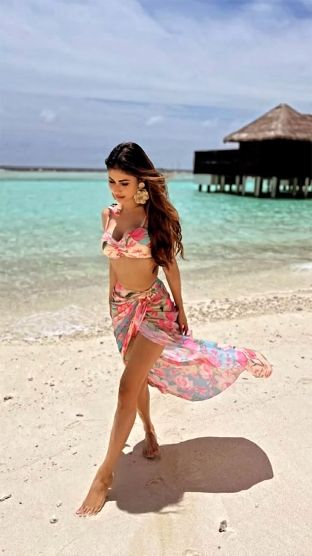 Mouni Roy stuns in vibrant bustier and matching drape skirt worth Rs.16,500 in Maldives