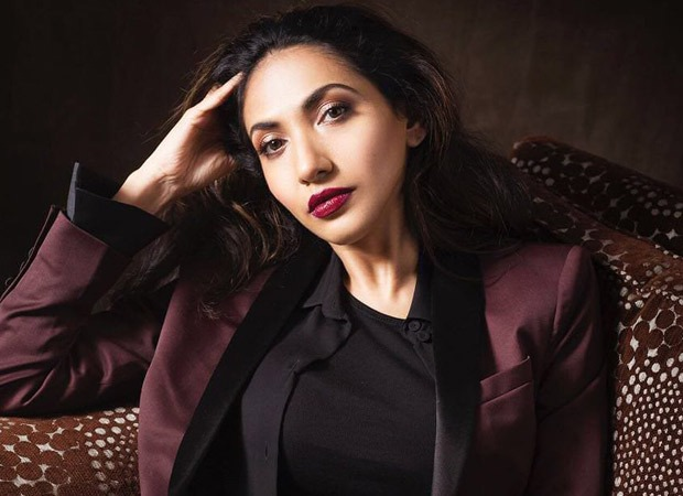Prerna V Arora is at it again; her film Rosie The Saffron Chapter is in a FINANCIAL mess; investors and co-producers in SHOCK. Read EXPLOSIVE details inside