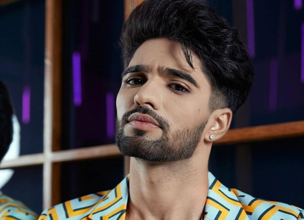 Zeeshan Khan gets an anxiety attack after Karan Johar's comments, Milind Gaba takes him to the medical room