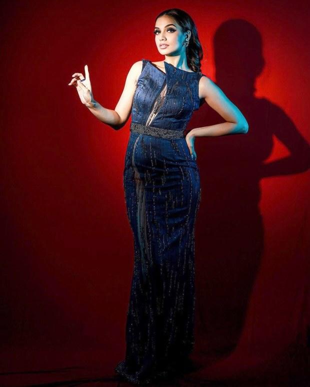 Bigg Boss OTT: Divya Agarwal turns up the heat in dark blue embellished gown for Sunday Ka Vaar episode