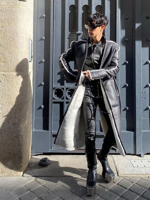 GOT7's Mark Tuan drips of luxury as he dons Rick Owens for Paris Fashion Week that costs about Rs. 5 lakh