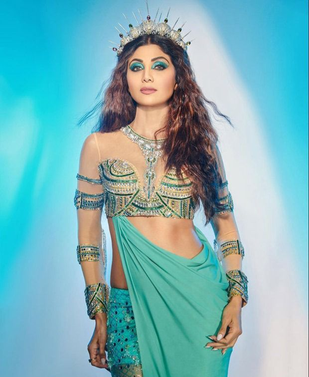 Shilpa Shetty channels major mermaid vibes in a gorgeous blue dress for Super Dancer 4
